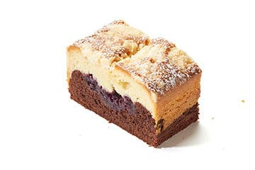 Cake marbré aux myrtilles